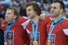 Čeští sportovci by možná mohli poslouchat českou hymnu déle.