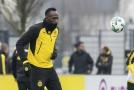 Usain Bolt absolvoval v Dortmundu další trénink a předvedl pár skvělých akcí.