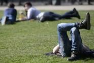 Česko čekají letní teploty, pak se ochladí