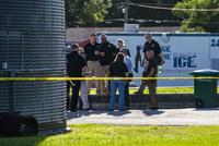 Bratr pachatele masakru na Floridě znovu zadržen 4a7e27e524