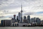 Dodávka v Torontu najela do lidí, na místě jsou mrtví
