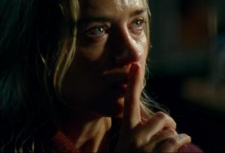 Pšššt! Ticho je ve filmu životně důležité pro přežití.