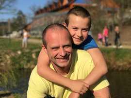 Psychoterapeut Milan Studnička se synem.