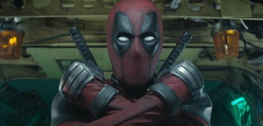 Deadpool 2 je zábavnější, brutálnější a překvapivě melodramatický