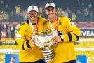 Hokejisté Švédska obhájili na mistrovství světa v Dánsku loňský triumf, když po nájezdech porazili výběr Švýcarska.