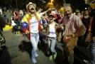 Lidé v ulicích slaví vítězství Nicoláse Madura v prezidentských volbách.