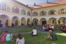 Festival Malostranské dvorky. Na snímku koncert Viléma Vlčka (violoncello).