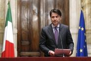 Euroskeptik na financích neprošel. Italská vláda nebude