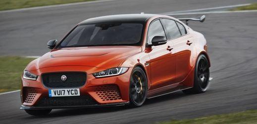 Mezi exponáty bude i šestisetkoňový Jaguar XE SV Project 8.
