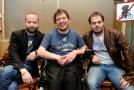 Na snímku Šimon Ornest, zakladatel kapely The Tap Tap (zleva), Láďa Angelovič, moderátor, Ondřej Ládek alias Xindl X.
