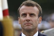 Dělat blbečka můžeš jindy, uzemnil Macron drzého studenta