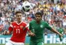 Fotbalisté Saúdské Arábie se při cestě na druhý zápas ve skupině dostali do problémů.