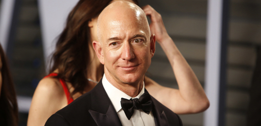 Zakladatel společnosti Amazon Jeff Bezos.