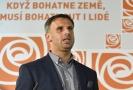 Statutární místopředseda sociální demokracie Jiří Zimola navrhuje, aby jeho strana navrhla jiného kandidáta na post ministra zahraničí.