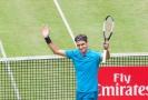 Tenista Roger Federer začal na turnaji v Halle výhrou.