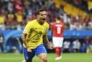 O nejhezčí branku šampionátu se postaral brazilský záložník Philippe Coutinho.