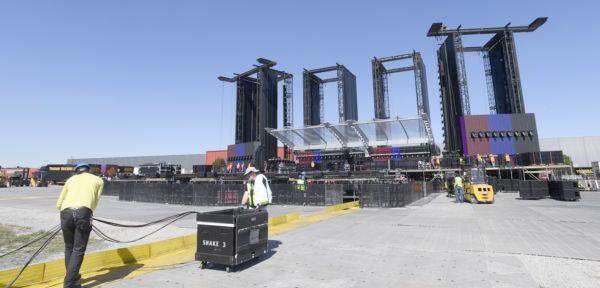 Na pódiu pro koncert Rolling Stones pracovalo 270 lidí  64601dd4dce