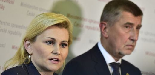 Ministryně spravedlnosti Taťána Malá a premiér Andrej Babiš.
