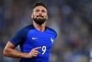 Francouzský útočník se během celého šampionátu ani jednou netrefil mezi tři tyče.