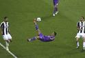 Nůžky Cristiana Ronalda v zápase ligy mistrů proti Juventusu.