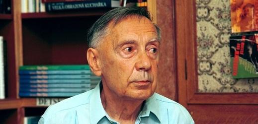 Spisovatel Radoslav Nenadál.
