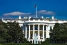 Bílý dům je oficiálním sídlem a pracovištěm prezidenta Spojených států amerických.