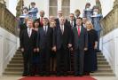Vláda Andreje Babiše ještě s původními ministry.