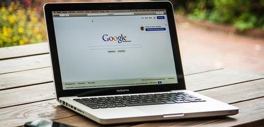 Děti si mohou vyzkoušet, jaké nástrahy na ně v online světě číhají.