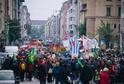 Lidé demonstrovali proti stávající restriktivní politice CSU.