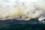 Švédsko nadále sužují požáry, evropské státy vyslaly pomoc