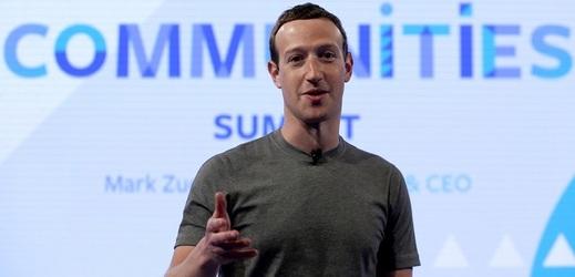 Mark Zuckerberg má problémy.