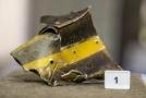 Fragment z havarovaného vrtulníku.