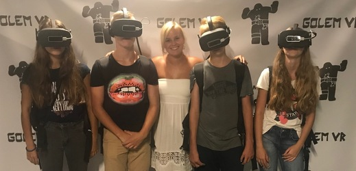 Herečka Patricie Solaříková vyrazila s dětmi z dětského domova do světa virtuální reality.