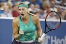 Petra Kvitová podruhé v kariéře porazila Američanku Serenu Williamsovou.