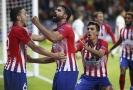 Diego Costa (čelem) se v utkání proti Realu Madrid trefil dvakrát.