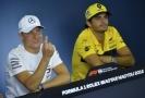 Sain nahradí v McLarenu mistra světa.