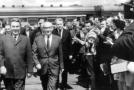 Generální tajemník ÚV KSSS Leonid Brežněv (vlevo).