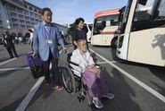 Desítky Jihokorejců odjely do KLDR. Setkají se tam s příbuznými