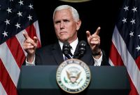 Viceprezident USA Mike Pence.