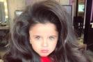 Pětiletá Mia ohromuje uživatele sociálních sítí.