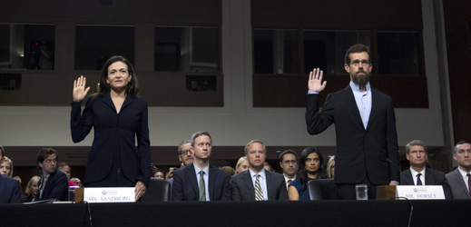 Sheryl Sandbergová a Jack Dorsey.