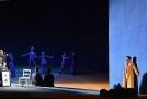Peter Berger (vpravo) jako Werther při generální zkoušce opery Werther 4. června 2018 v Národním divadle v Praze.