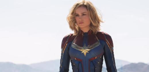 Brie Larsonová jako Captain Marvel.