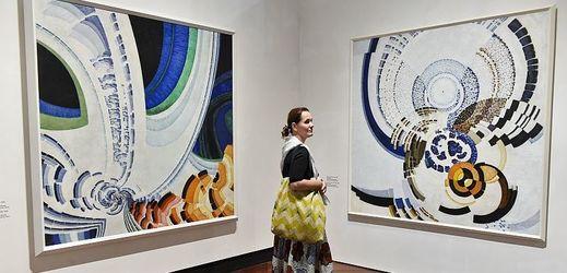 Výstava Kupkových děl je chronologicky koncipována.