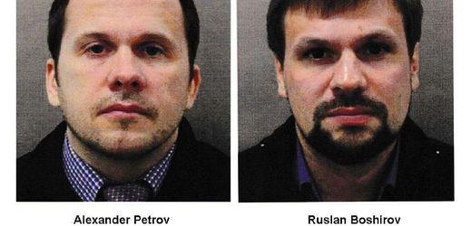 Alexandr Petrov a Ruslan Boširov, kteří podle Britů stojí za otravou Skripalových.