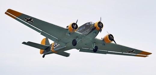 Letecký den připomenul sté výročí vzniku leteckého oddílu Plzeň.