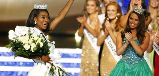 Nová Miss America Nia Imani Franklinová.