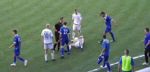 Utkání čtvrté polské ligy přineslo pořádně trapný moment.