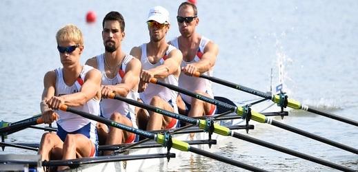 Lehká párová čtyřka bude veslovat o medaile.