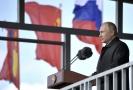 Ruský prezident Vladimir Putin během vojenského cvičení.